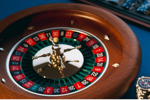 オンラインカジノは違法?